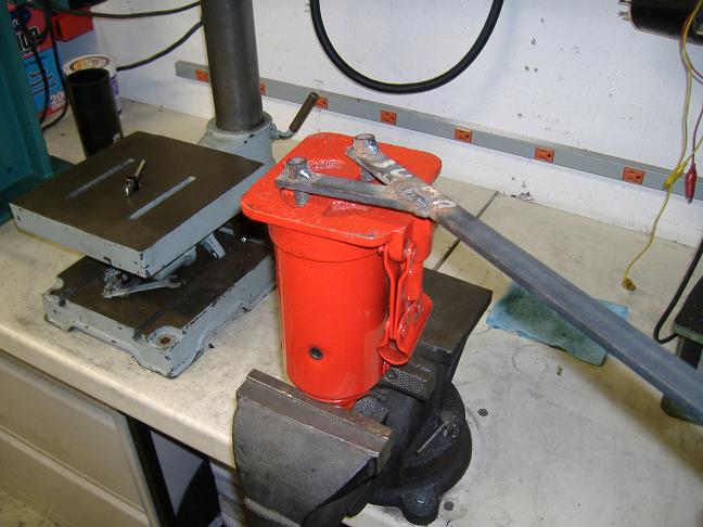 how to take apart a hydraulic cylinder